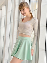 Alana Teeny Bopper pictures at dailyadult.info