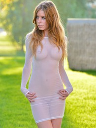 Bethany Sensual Seethrough pictures at find-best-babes.com