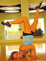 Anita the acrobatic girl pictures at lingerie-mania.com