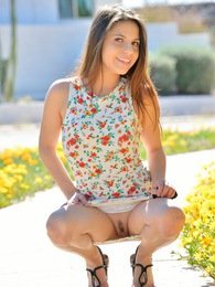 Stacey Spring Flowers pictures at kilosex.com