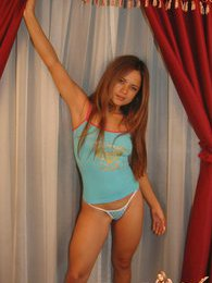 Bella shows off her love for her hot body pictures at kilotop.com