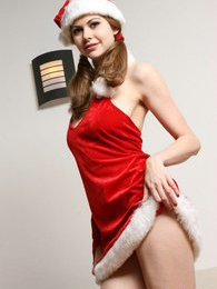 Olivia wishes you a happy naughty holiday pictures at kilosex.com