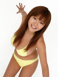Yoko Matsugane is cute and showing off her hot body in her bikini pictures at kilosex.com