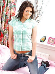 Gorgeous brunette Kelly fresh out of her casual clothes pictures at freelingerie.us