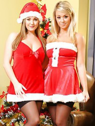 Jodie Gasson & Melissa D as sexy Santa's pictures at find-best-lingerie.com
