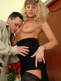 Curly mature chick getting her pussy lips spread with young cock on stool pictures at kilopics.com
