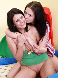 Lesbian adventures with lots of licking, fingering and more pictures at kilotop.com