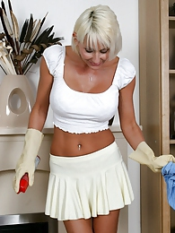 I love to help around her house pictures at nastyadult.info