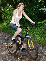 Cycling teenager girl gets fucked and facialised outdoor pictures at find-best-tits.com