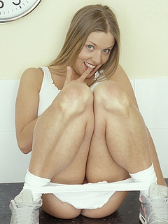 Free Babe Sex Pictures and Free Babe Porn Movies