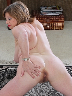 Free Mature Porn Movies and Free Mature Sex Pictures