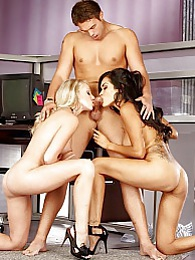 Hot wild threesome with Daisy Mavie and Kara Bear pictures at find-best-ass.com