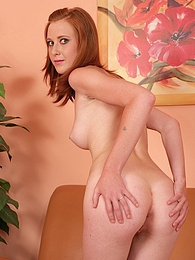 Redhead Linda Sweet finger blasts her tight pussy pictures at freekilopics.com
