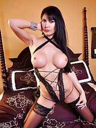 Eva Karera Turn Me On Pics - Eva Karera masturbates with a big toy pictures at lingerie-mania.com