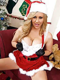 Santa Julia Pics - Santa's naughty little helper is craving a giant cock for Xmas and has had a crush pictures at find-best-lesbians.com