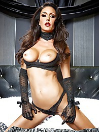 Jessica Upper Glam Pic - Jessica Jaymes is hot pictures at lingerie-mania.com