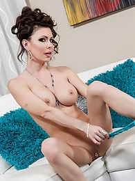 Jessica Jaymes Plays White Pic - She shows you her pink wet pussy pictures at adspics.com