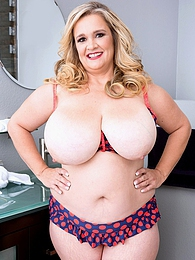 MILF Mania pictures at dailyadult.info