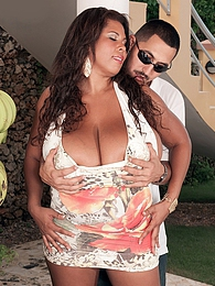 Vanessa Del and The Banana Man pictures at find-best-tits.com