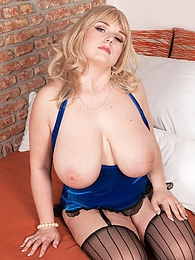 Mammaries of Jennifer pictures at find-best-tits.com