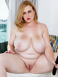 Southern Charmer pictures at dailyadult.info