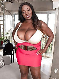 Mahogany Has Masters Degree In Boobs pictures at freekilosex.com
