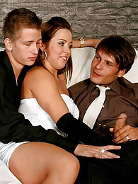 Excited girls and guys sharing cocks in a bisexual group pictures