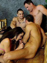 Bisexual guys pictures at kilogirls.com