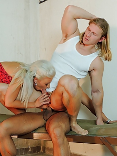 Free Bisexual Porn Movies and Free Bisexual Sex Pictures