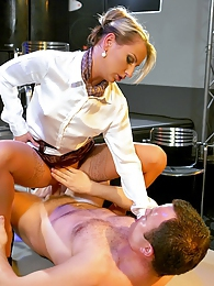 Dancing stripper shagging a hot blonde horny client hard pictures at kilomatures.com