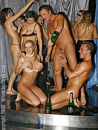 Loads of girls getting drunk and having sex in discotheque pictures at dailyadult.info