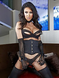 Jessica Long Boots Pics - Jessica Jaymes thigh high boots pictures at lingerie-mania.com