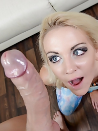 Marilyn Moore Blowjob POV P - Loves to suck on a big fat cock pictures at kilopics.com