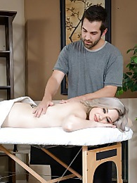 Jessica Ryan Sweet Massage P - As any good masseur, he ends with a nice fat facial pictures at freekilosex.com