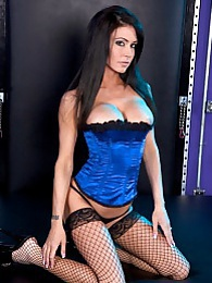 Jessica Magic Divine Pics pictures at lingerie-mania.com