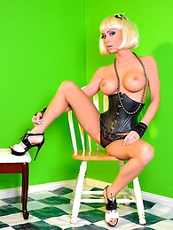 Green Screen Pics - Jessica Jaymes pictures at lingerie-mania.com