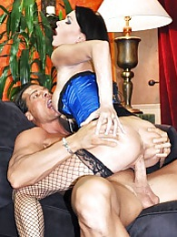 Profondo Blue Pics - Jessica Jaymes and Nick Manning pictures at lingerie-mania.com