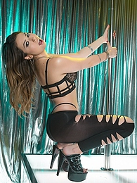 Melissa Moore Stripper Experience P - Ralph fucks the shit out of Melissa pictures at freekiloporn.com