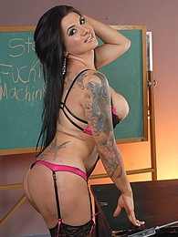 Busty Stephanys fuck machine school pictures