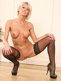 Horny blond cougar Cathie toying her older pussy pictures at find-best-pussy.com
