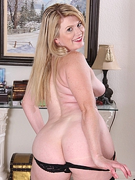 Curvy wife Lexi Moore naked in fishnet stockings pictures at kilosex.com