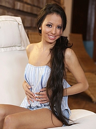 Brunette babe Alyssa Daniels jams glass dildo deep inside pu.. pictures at freekiloporn.com