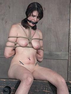 Free Bondage Porn Movies and Free Bondage Sex Pictures