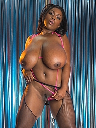 Jessica Deep Night Pic - Jessica Jaymes with queen Maserati XXX pictures at lingerie-mania.com