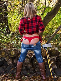 Lumberjack pictures at find-best-babes.com