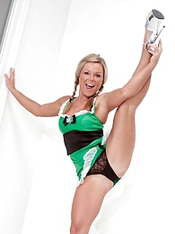 Happy St Pattys Day pictures at lingerie-mania.com