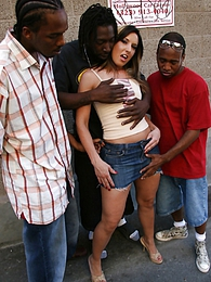 Fiona Cheeks in new interracial gangbang pictures