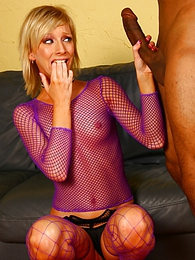 Blonde Alexa Lynn in interracial gangbang orgy pictures at lingerie-mania.com
