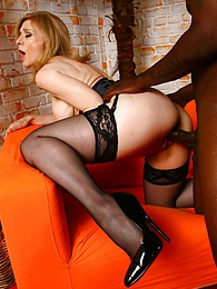 Pornstar MILF Nina Hartley interracial fuck pictures at lingerie-mania.com