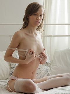 Free Small Tits Sex Pictures and Free Small Tits Porn Movies